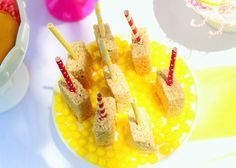 sunshine and lemonade party rice krispie treat pops Birthday Photos, 2nd Birthday, Birthday Parties, Happy Birthday, Pink Lemonade Party, Baby Party, First Birthdays, Sunshine, Paisley
