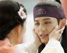Soo Yeun and Ban Ryu on Hwarang.