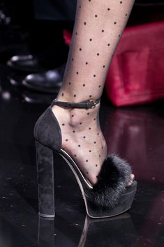 Elie Saab, Fall 2017 - Paris' Prettiest Runway Shoes for Fall 2017 - Photos