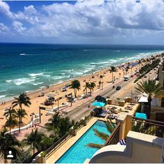 Fort Lauderdale Beach Would love to be there right now! South Beach Florida, Florida Vacation, Florida Beaches, Vacation Spots, Florida Sunshine, Sunshine State, Sunshine Holidays, Fort Lauderdale Beach, Vacations To Go