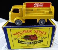 1957 Matchbox Lesney MOKO #37a Karrier Bantam UNEVEN LOAD Coca Cola truck Boxed