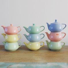Melitta and Petrus Regout tea pots