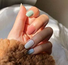 40 Easy Nail Art Designs for Beginners - Simple Nail Art Design Dot Nail Designs, Simple Nail Art Designs, Easy Nail Art, Spring Nail Trends, Spring Nails, Rainbow Nails, Gradient Nails, Galaxy Nails, Acrylic Nails