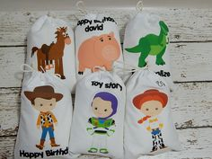 6 Toy Story Favor Bags Disney Birthday Treat Gift Bags Can be personalized two size bags avail X or X Qty Set of 6 bags per set Toy Story Dulceros, Toy Story Party, Toy Story Birthday, Girl Birthday, Birthday Treats, Birthday Party Favors, Birthday Parties, Buzz Lightyear, Party Favor Bags