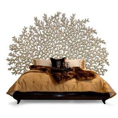 Handcarved Headboard....as much as I like this, all I can think about is how would I ever dust this????