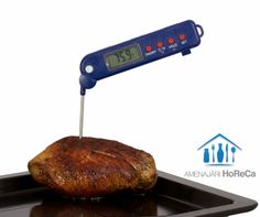TERMOMETRU CU SONDA PLIABILA DE BUCATARIE  Accesorii bucatarii profesionale, import Olanda.  Dimensiune: 150 mm; Termometru bucatarie cu sonda pliabila; Sonda din otel inoxidabil; Functie temperatura min/max; Se inchide automat daca nu este folosit timp de o ora; Functie 'Hold', pentru a bloca temperatura afisata pe ecran; Interval de masurare: de la –50 ºC pana la 300 ºC (-58 ºF pana la 572 ºF); Baterii incluse;