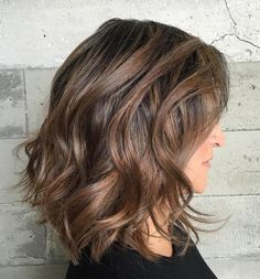 Medium Wavy Hairstyle For Thick Hair