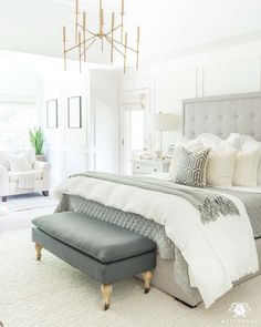 Top Ideas Modern Bedroom With Simple Platform And Minimalist Furniture Part 35 Top Ideas Modern Bedroom With Simple Platform And Minimalist Furniture Part 35 Bedding Master Bedroom, Master Bedroom Design, Home Decor Bedroom, Bedroom Ideas, Chic Master Bedroom, Couple Bedroom Decor, Master Bedrrom, Bedroom Brown, Fall Bedroom