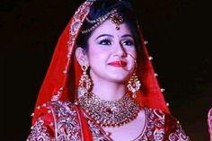 Wedding Sarees, Crown, Indian, Fashion, Moda, Corona, La Mode, Fasion, Indian People