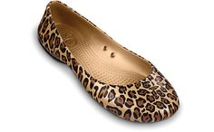 If I were ever to wear crocs, it would be these. mostly because they don't look like crocs. and I am crazy about leopard prints. Womens Golf Shoes, Womens Flats, Leopard Print Flats, Leopard Prints, Animal Prints, Shoe Room, Red Flats, Crocs Shoes, Comfortable Shoes