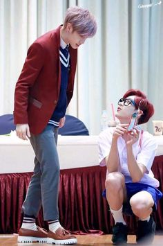 #MARK #BAMBAM Jinyoung, Kpop Fashion, Memes, Boy Groups, Youngjae, Got7 Bambam, Kim Yugyeom, Got7 Mark Tuan, Mark Tuan Cute
