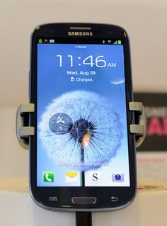 How to Make a Samsung Galaxy S III Dock Using Its Box #stepbystep