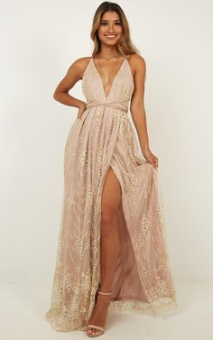 Outstanding boho dresses are offered on our internet site. Take a look and you wont be sorry you did. Boho Dress, Dress Up, Dress Night, Bridesmaid Dresses, Prom Dresses, Casual Dresses, Sparkly Dresses, Skater Dresses, Quinceanera Dresses
