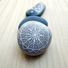 painted stones..airbrush ink...for KIKKULA, Bodrum...by ZEUSTONES