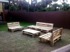 diy pallet made garden furniture