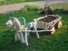 Fairy House Crafts, Fairy Tree Houses, Fairy Garden Houses, Garden Crafts, Garden Art, Garden Tools, Diy Crafts, Wood Log Crafts, Wood Slice Crafts