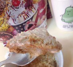mousse fit  15 gr copos de avena  30 gr harina de avena @max_protein sabor gofre y chocolate blanco  20 ml claras de huevo  25 ml leche de soja light @pascualvivesoy  2 gr stevia y levadura al gusto  Café solo para que la mezcla está más viscosa y al micro 1 minuto. Dejar reposar toda la noche en el frigorífico y ¡listo!  Topping: 12 gr whey protein @bigmannutrition_official con café