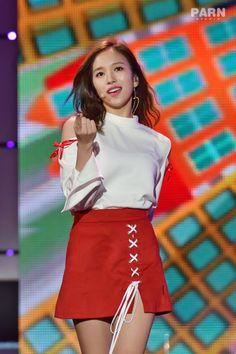 Cute Asian Girls, Sweet Girls, South Korean Girls, Korean Girl Groups, Nayeon, Kpop Fashion, Fashion Trends, Myoui Mina, Korean Outfits
