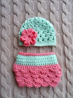 Cute Newborn Girl Hat and Diaper Cover in Mint Green and Coral, Ready to Ship