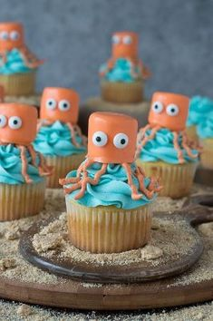Octopus Cupcakes - perfect for an under the sea party! by colleen28