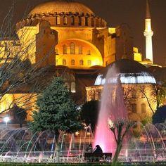 A photo by recent traveler, E.A. Elliott, of the Blue Mosque's night illumination....http://www.facebook.com/sojournturkey