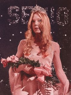 Sissy Spacek in Carrie (Brian De Palma, -This tiara to start my tattoo. Martin Scorsese, Stanley Kubrick, Teen Idle, No Ordinary Girl, Sissy Spacek, Carrie White, Fritz Lang, Prom Queens, Comic