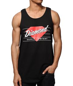 Get a clean and classic look with a white Diamond Supply Co script and red diamond logo chest graphic with a tagless design to keep you feeling great.