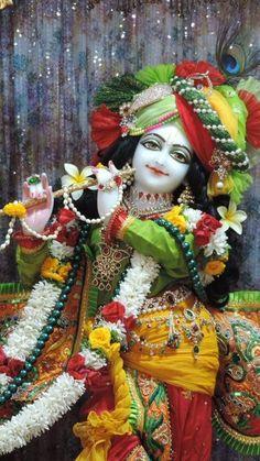 Lord Krishna, Gods And Goddesses, Disney Characters, Fictional Characters, Paintings, Disney Princess, Art, Art Background, Paint