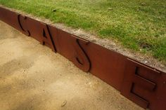 The strength of steel for retaining walls and garden edging Corten is the perfect accent for your Melbourne garden At Pierre Le Roux Design, we love using Corten steel in the garden to create retaining walls and metal garden edging. Corten used in landscaping complements the greenery of the environment with its rich deep brown-red …