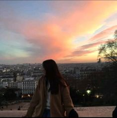 Image uploaded by jalovaa. Find images and videos about sunset, ulzzang and mystyle on We Heart It - the app to get lost in what you love. Ulzzang Girl Fashion, Ulzzang Korean Girl, Ulzzang Couple, Korean Girl Fashion, Cute Korean Girl, Korean Aesthetic, Aesthetic Photo, Aesthetic Girl, Aesthetic Pictures