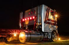 Cool Trucks, Big Trucks, Large Truck, Cab Over, Peterbilt Trucks, Car Tuning, Classic Trucks, Semi Trucks, Big Boys