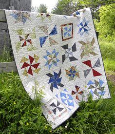 Pinwheel Sampler Quilt by love2quilt7, via Flickr