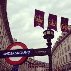 #London #Underground #RegentStreet #Jubilee by @_jen_nifer_