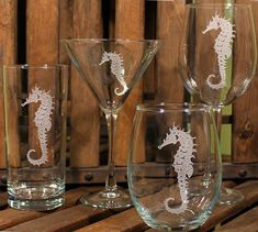 Seahorse Cooler Glass design features a deeply sand etched Seahorse pattern. Perfect for your beach house or bringing the beach home with you! This glass set makes the perfect beach or coastal decor gift. Etched Glassware, Etched Wine Glasses, Wine Goblets, Wine Tumblers, Coastal Living, Coastal Decor, Coastal Style, Coastal Cottage, Home Decoracion