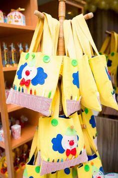 festa-infantil-1-ano-14 - lembrancinha DIY Palhacinho