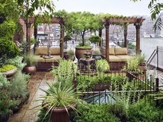 Outdoor living space decorating ideas for rooftop garden design with rooftop terrace garden in new york