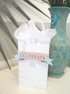 Celebrate gift bag using the July My Paper Pumpkin kit by Stampin' Up! #mypaperpumpkin #pumpkindeal #celebrate