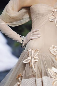 metamorphosis-style:  Christian Dior Couture Fall 2005