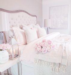 30 Cozy Romantic Bedroom Design Ideas For Comfortable Bedding bedroomdecor bedroomideas bedroomdesign Cozy Bedroom, Trendy Bedroom, Dream Bedroom, Home Decor Bedroom, Girls Bedroom, Shabby Bedroom, White Bedroom, Modern Bedroom, Pink Vintage Bedroom