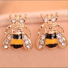 Super Cute Bee Zirconia Cz Diamond Earrings