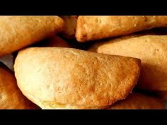 ΕΥΚΟΛΑ ΤΥΡΟΠΙΤΑΚΙΑ ΚΟΥΡΟΥ!!! - YouTube Sweets Recipes, Healthy Recipes, Healthy Food, Cheese Pies, Greek Recipes, Feta, Sweet Potato, Goodies, Bread