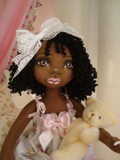 Bonecas negras de pano. Soraia Flores.
