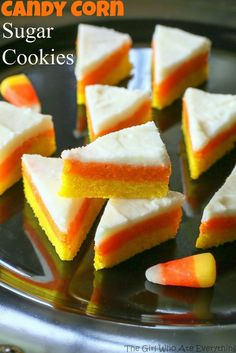 Candy Corn Sugar Cookies - they don't taste like candy corns but look like the cute treat! the-girl-who-ate-. Halloween Cookie Recipes, Halloween Desserts, Halloween Cookies, Halloween Treats, Halloween Foods, Halloween Party, Halloween Stuff, Best Halloween Candy, Halloween Appetizers
