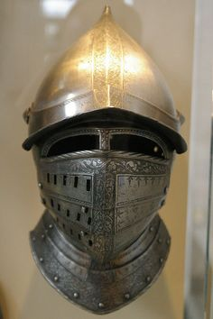 Closed Burgonet Ancient Armor, Medieval Armor, Types Of Armor, Warrior Helmet, Helmet Head, Battle Dress, Armor Clothing, Knight Armor, Military Gear