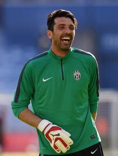 Al menos el Buffon no pierde su sentido del humor,   Gianluigi a favor del Juventus.