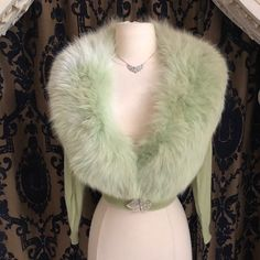 "Miss V on Instagram: ""Tres Chic! Pastel Green So rich and luxurious Vintage 1950's cashmere cardigan with huge fox fur collar. The ultimate in vintage luxury…"" Cashmere Cardigan, Vintage Sweaters, Fur Collars, Fox Fur, Fur Coat, Fall Winter, Pastel, Luxury, Chic"