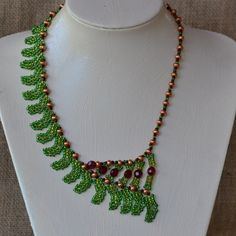 Green Fern Beaded Necklace Pattern by Cecilia Rooke at Bead-Patterns.com