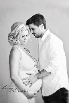 Romantic Napa Maternity Photography