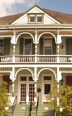 The best New Orleans Bed and Breakfast - Maison Perrier