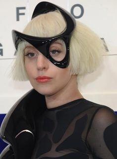 Lady Gaga Hairstyles - Even Fringed Bob